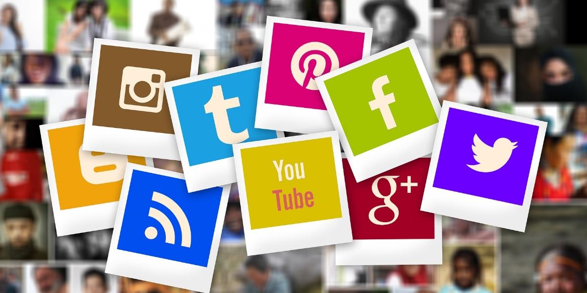 social media in web design